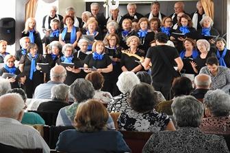 Coro Sénior da Fundação comemora dia da Família na APAM