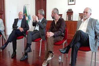 Debate sobre emprego na cidade do Porto