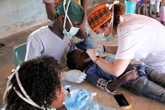 Saúde em Moçambique