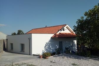 Fundaçao e Habitat inauguram mais duas casas
